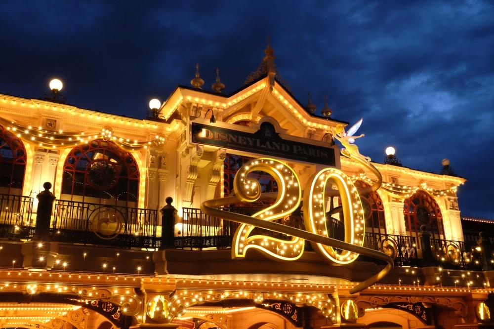Disneyland with Fuji X100S