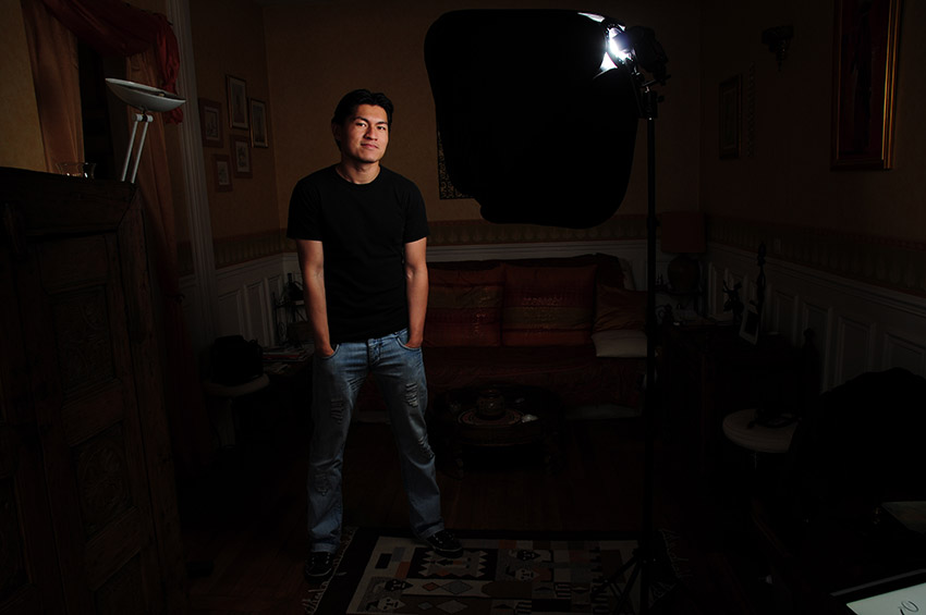 Photo au flash cobra et boîte à lumière à lumière