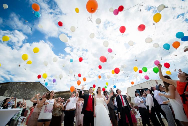 lâcher de ballons d'hélium