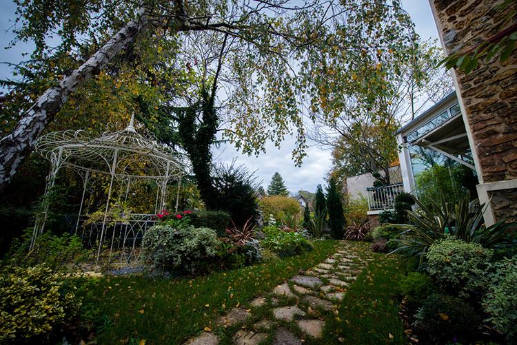 Maison-Esprit-Boudoir-jardin