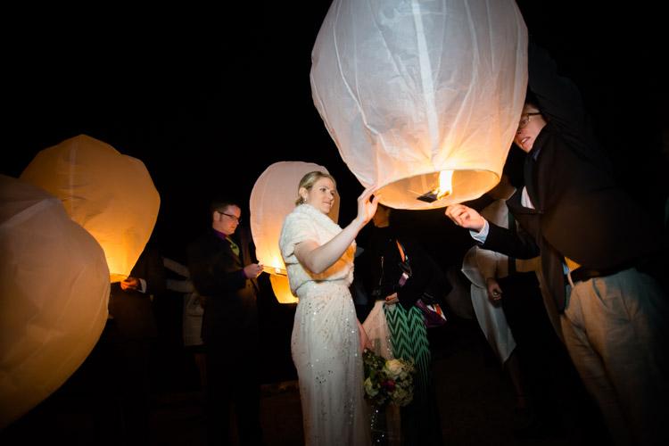lâcher de lanterne par la mariée