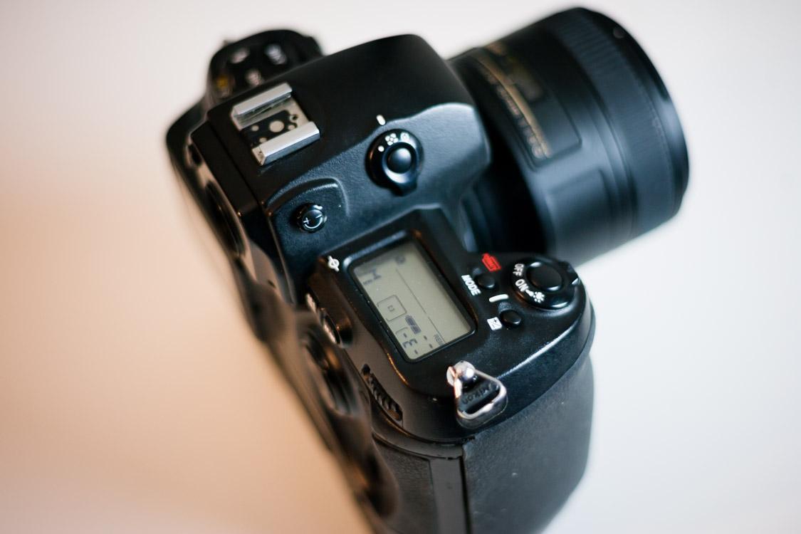 Nikon-D1H-5