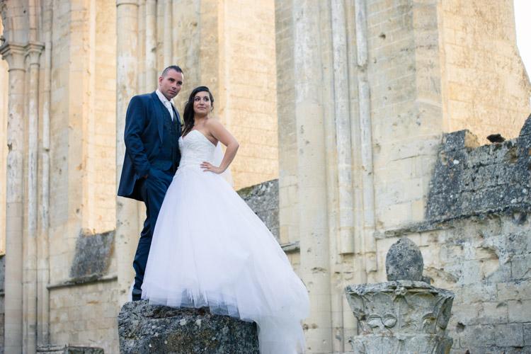 Abbaye-de-Longpont-shooting-couple
