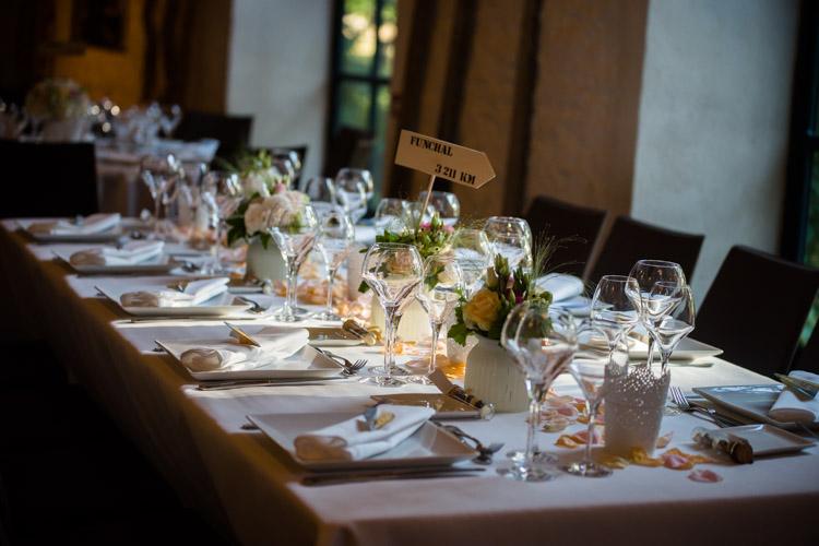 décoration de la table principale des mariés