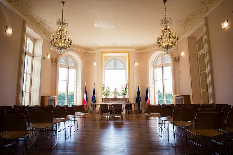 vue intérieure de la salle de mariage d'épinay-sur-seine